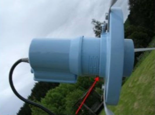 C-band LNB Placement