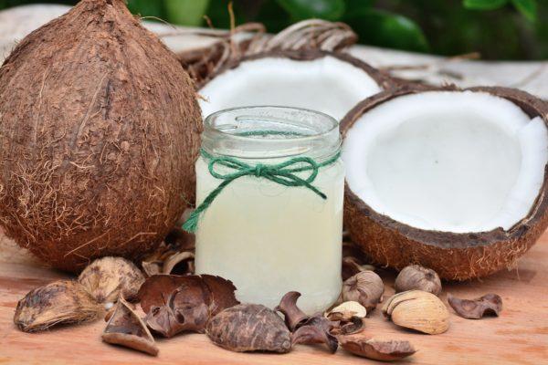 24 Amazing Benefits of coconut oil.