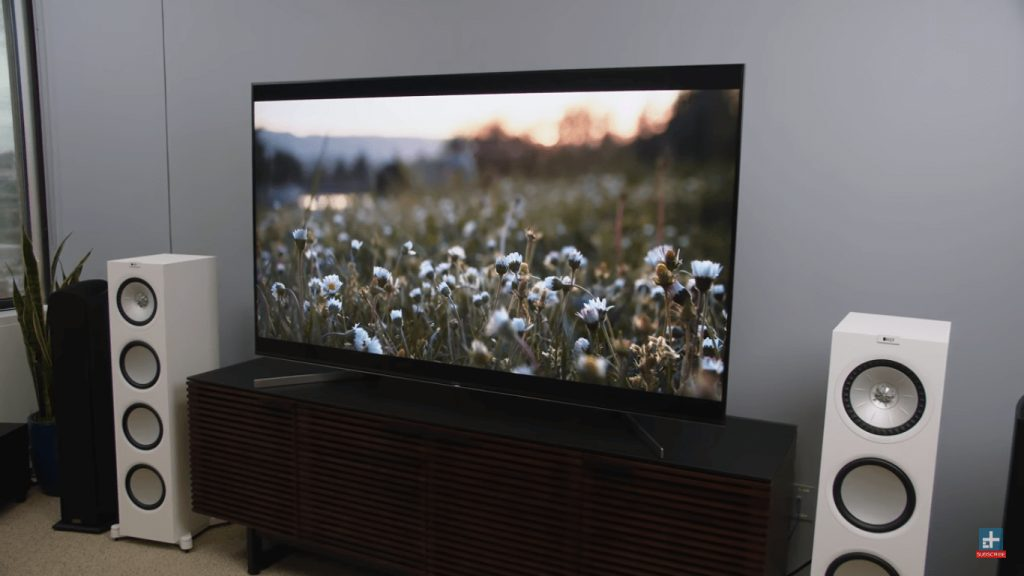 Top 7 Best 4K QLED and OLED Smart TV You Can Buy In 2020