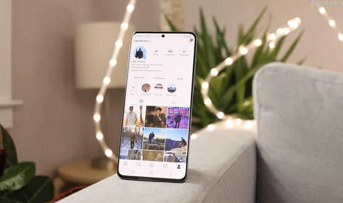 Samsung Galaxy S20 Plus Display